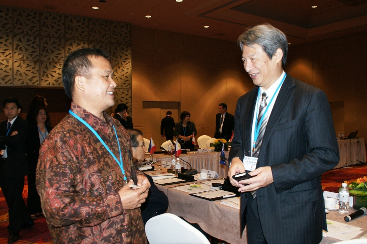 Bincang Ringan dengan Prof Takashi Shiraishi