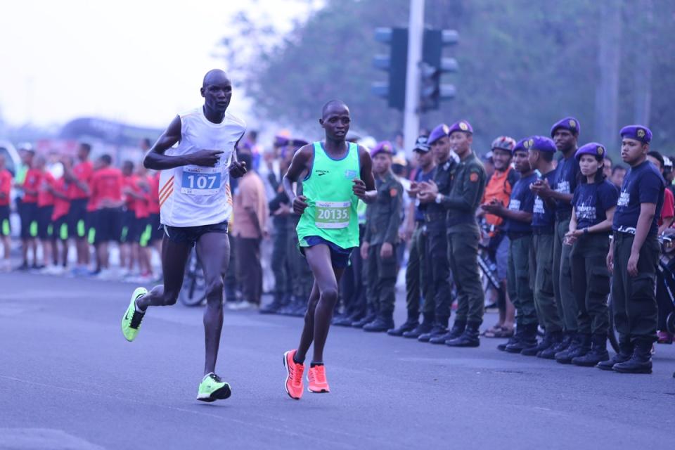 Jakarta Marathon 07