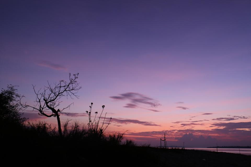 Sunrise - Tanjung Pasir Moyo 2