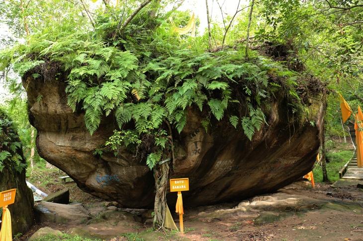 Bukit Tangkiling 1 - Batu Banama