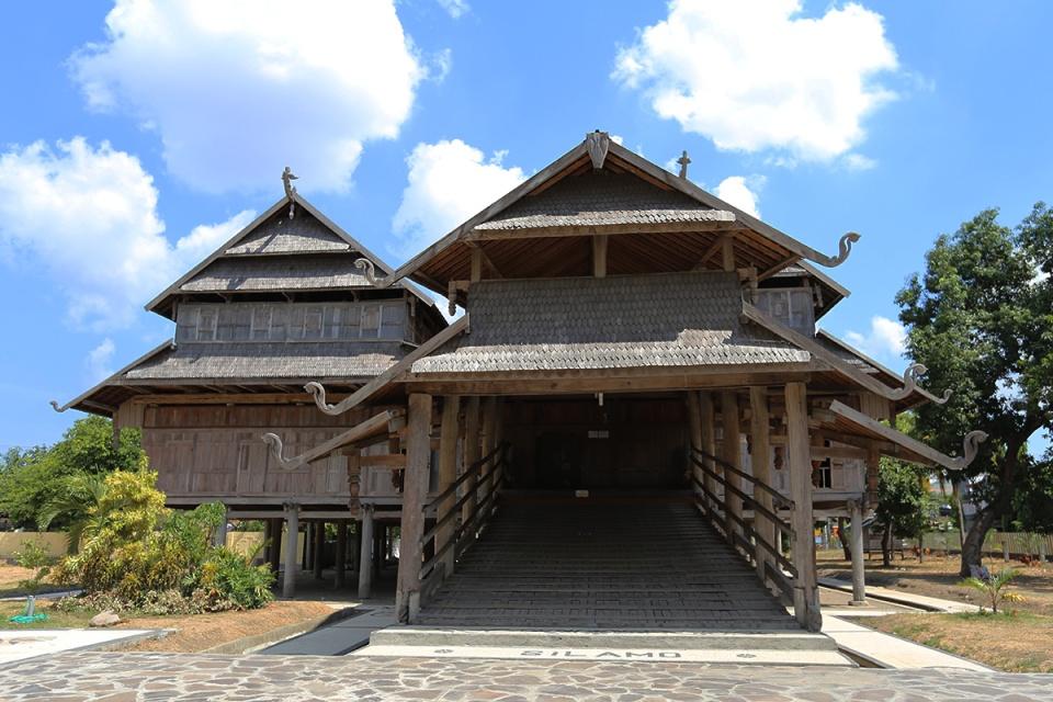Istana Sumbawa Besar 1
