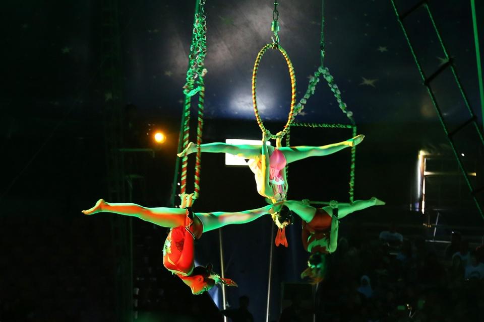 Oriental Circus @ Balikpapan 01