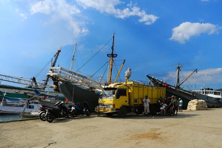 Pelabuhan Bima 4